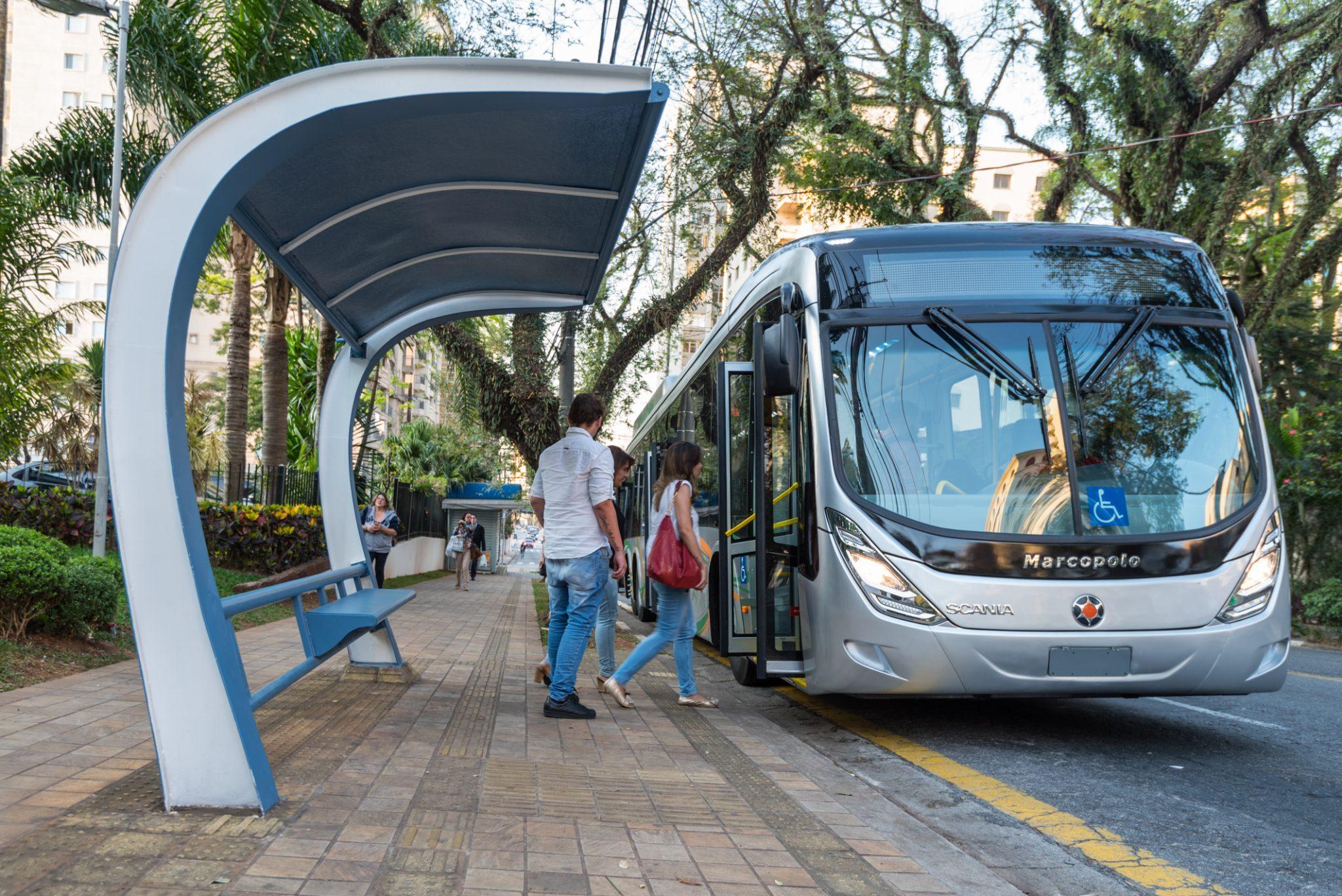 Imagem representativa da notícia: Scania prevê início das vendas de ônibus movido a GNV segundo semestre de 2020