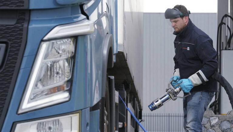 Imagem representativa da notícia: El gobierno holandés emite un esquema de subsidio para camiones de GNL para 2020 y 2021.